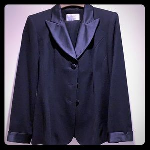 Valerie Stevens petites 6P 1990s tuxedo suit